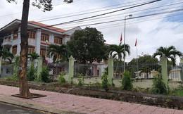 Trưởng ban tổ chức huyện ủy bị tố lấy cả bằng lẫn tên của chú để thăng quan