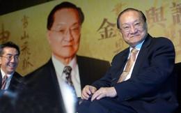 """Nhà văn Kim Dung qua đời, dân mạng Trung Quốc đồng loạt tiếc thương cho vị """"minh chủ võ lâm"""" huyền thoại"""