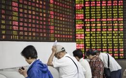 """Thị trường chứng khoán Trung Quốc """"đỏ rực"""" trong ngày giao dịch đầu tiên sau nghỉ lễ"""