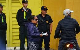 """Vé """"chợ đen"""" trận Việt Nam – Campuchia cao chót vót, khán giả vẫn chờ """"giờ G"""""""