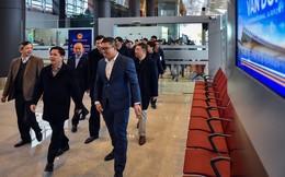 Bộ trưởng Nguyễn Văn Thể thị sát Sân bay Quốc tế Vân Đồn trước giờ cất cánh