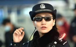 Cảnh sát Trung Quốc đeo kính nhận diện khuôn mặt như phim viễn tưởng để đảm bảo an ninh cho cuộc di dân thường niên lớn nhất hành tinh