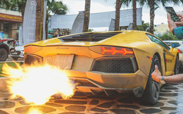 """Những pha """"khạc lửa"""" ấn tượng nhất của Lamborghini Aventador tại Car & Passion 2018"""