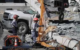 Hình ảnh đáng sợ tại hiện trường vụ sập cầu ở Mỹ khiến nhiều ô tô bị đè bẹp