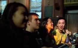 Khóa học về hạnh phúc nổi tiếng nhất ở Yale: Những lợi ích lớn bạn nên tham khảo