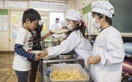 Vì sao bữa trưa ở trường của trẻ em Nhật Bản được coi là chuẩn mực cho cả thế giới?