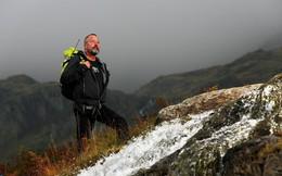 Ông lão mắc bệnh Alzheimer leo núi 2 lần một ngày và 5.000 lần chinh phục ngọn núi cao 803 m