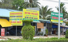 Chùm ảnh: Muôn kiểu rao bán tại chợ đất khổng lồ Phú Quốc
