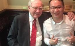 Anh chàng 31 tuổi may mắn được dùng bữa với Warren Buffett đến nay hạ quyết tâm sẽ vượt tỷ phú này bằng cách... chơi tiền ảo