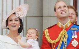 """Ngoài chuyện không được để đầu bù tóc rối, phụ nữ trong hoàng gia Anh còn phải tuân theo 12 quy tắc """"bất di bất dịch"""" sau"""