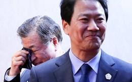 """""""Sếp"""" tình báo Hàn Quốc bật khóc trong thượng đỉnh liên Triều"""