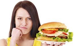 5 lý do bạn nên chấm dứt thói quen ăn đêm nguy hiểm ngay bây giờ
