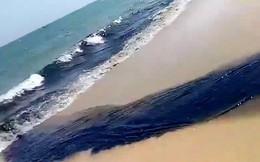 Dòng nước đen ngòm, hôi thối xả thẳng ra biển Mũi Né