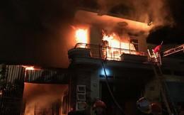 Cháy lớn kho hàng điện máy ở Ninh Thuận