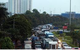 Tai nạn liên tiếp xảy ra, Đại lộ Thăng Long tắc nghẽn nghiêm trọng