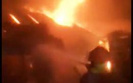 Khánh Hòa: Chợ Tu Bông bùng cháy trong đêm