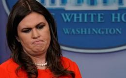 Thư ký báo chí Nhà Trắng bị đuổi khỏi nhà hàng vì làm việc cho ông Trump