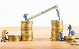 Cắt giảm chi tiêu, ưu tiên trả hết nợ, hạn chế dùng thẻ tín dụng bằng mọi cách là 3 trong số 8 lời khuyên đắt giá về tiền bạc người thành công dành cho bạn!