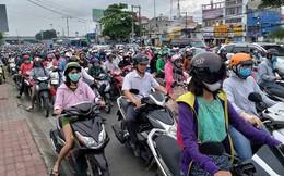 Cửa ngõ Sài Gòn tê liệt sáng đầu tuần do va chạm nhỏ