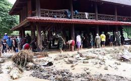 Vụ 4 người bị lũ cuốn trôi: Hơn 300 người đào bới đất cát tìm trong mưa lớn