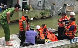 Tăng cường xuồng máy hỗ trợ bà con vùng ngập lụt Chương Mỹ