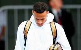 Neymar cúi mặt, lảng tránh truyền thông ngày về nước