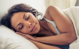 Chuyên gia khuyên bạn nên nằm nghiêng khi ngủ: Hạn chế ngáy, đem lại lợi ích bất ngờ cho người bị bệnh dạ dày