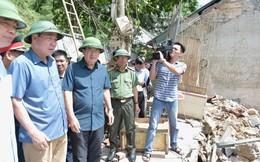 Phó Thủ tướng kiểm tra, chỉ đạo xử lý tình trạng sạt lở khẩn cấp ở Hòa Bình