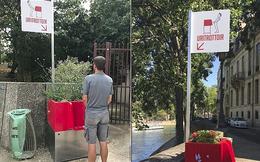 """Paris: Tranh cãi xoay quanh bồn vệ sinh công cộng """"lộ thiên"""" trên phố"""