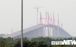 Ảnh: Sắp đến ngày thông xe, cầu Bạch Đằng vẫn là đại công trường