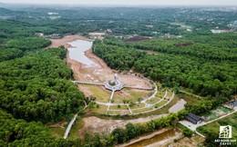 """Cận cảnh dự án công viên """"lạ"""" 15 năm bỏ hoang ở Huế bỗng dưng hút khách nước ngoài"""