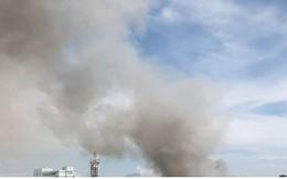 Hiện trường vụ cháy lớn, khói đen bốc cao hàng mét giữa TP Đà Nẵng