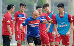 Thầy trò HLV Park Hang Seo giữ vững ngôi đầu Đông Nam Á