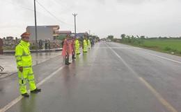 Trời mưa, Ninh Bình vẫn đông nghịt người dự truy điệu Chủ tịch nước