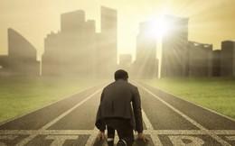 Đường tới thành công là đường đua marathon mà đá lát chính bằng sự kiên định: Bài học quan trọng dành cho bất cứ ai muốn về đích!