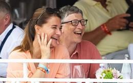 Bận trăm công nghìn việc, tỷ phú Bill Gates vẫn dành thời gian để chơi đùa với gia đình, rửa bát và đọc sách mỗi tối để tái tạo năng lượng