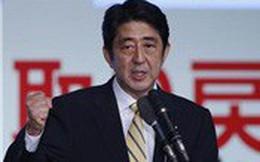 Thủ tướng Nhật Bản cam kết tăng thuế tiêu dùng bằng mọi giá