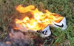 Nhiều người đốt giày, quần áo để phản đối chiến dịch quảng cáo mới của Nike