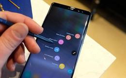"""Nghe Tech Vlogger Tân một cú nói 3 đặc điểm nào đáng chú ý nhất trên một chiếc smartphone """"đế vương"""""""