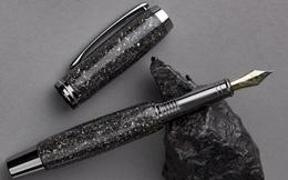 Bạn có muốn sở hữu một chiếc bút xa xỉ làm từ titan và thiên thạch 5.000 năm tuổi?