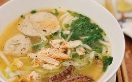 4 quán bánh canh ghẹ ở Hà Nội đắt xắt ra miếng, nên đi ăn ngay trong những ngày đầu tháng rủng rỉnh