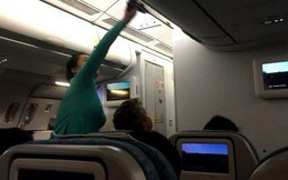 """Đội lốt doanh nhân đi máy bay hạng thương gia để """"móc túi"""""""
