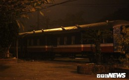 Cận cảnh chuyến tàu rời ga ở Hà Nội chỉ với 2 vị khách nước ngoài, lỗ 10 triệu đồng/ngày