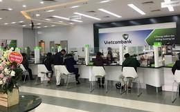 Chạy đua thu phí, ngân hàng tăng mạnh nguồn thu từ dịch vụ