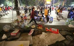 Hồ Gươm ngập rác, lãnh đạo UBND quận Hoàn Kiếm nói gì?