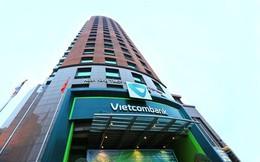 Chủ tịch và Kế toán trưởng Vietcombank muốn mua thêm cổ phiếu