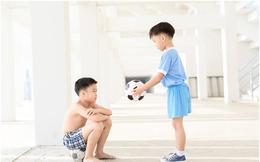 Chuyên gia Đại học Havard chia sẻ 7 bài học giúp cha mẹ dạy con lòng nhân ái, biết suy nghĩ thấu tình đạt lý