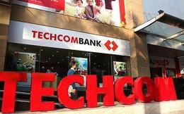 Sếp Phó Techcombank muốn bán bớt cổ phiếu