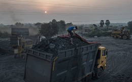 Reuters: Nguy cơ thiếu điện cao vì tăng trưởng nóng, nhập khẩu than đá và dầu mỏ của Việt Nam tăng vọt