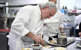 """Đầu bếp Michelin nổi tiếng Paris: """"Danh hiệu Michelin không quan trọng bằng chính những gì chúng ta đem đến cho thực khách"""""""